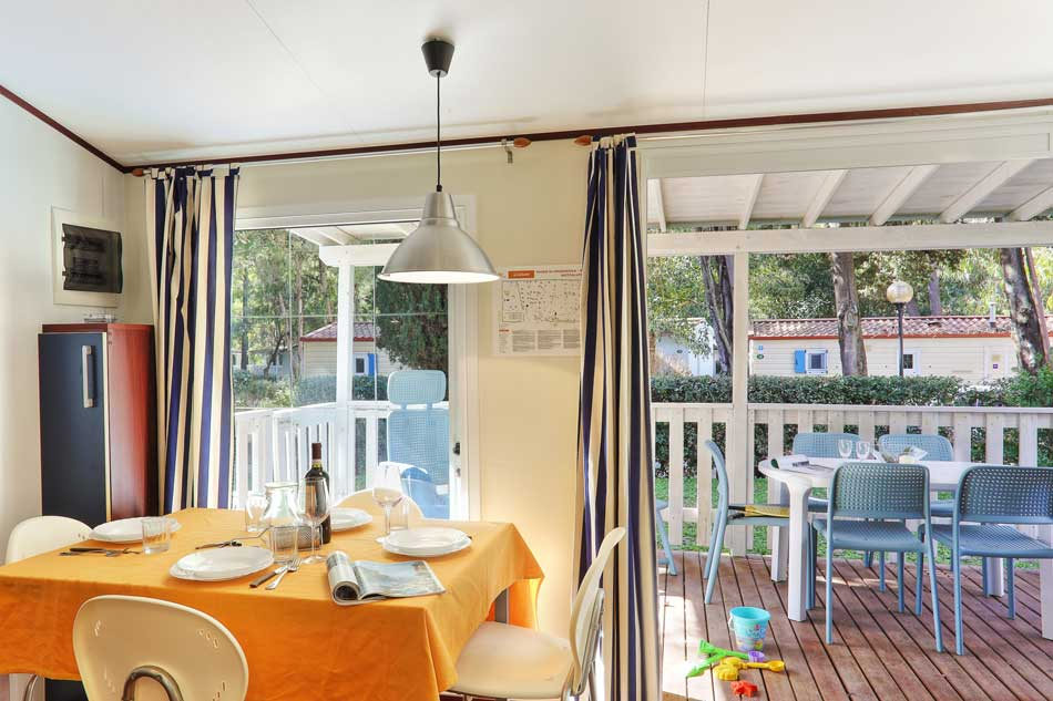 campingurlaub elba camping toskana im caravan mobile home. Black Bedroom Furniture Sets. Home Design Ideas